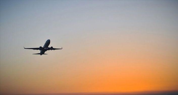 Rusya, koronavirüs mutasyonu nedeniyle İngiltere'ye uçuş yasağını uzattı