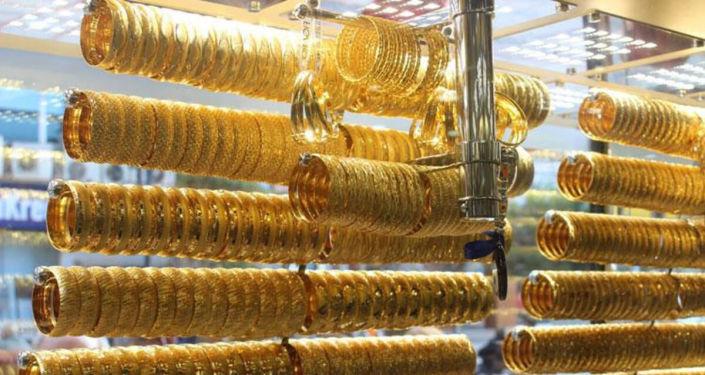 Ticaret Bakanlığı'ndan yeni yönetmelik taslağı: 'Her kuyumcu kamu bankalarına 500 gram altın yatıracak'