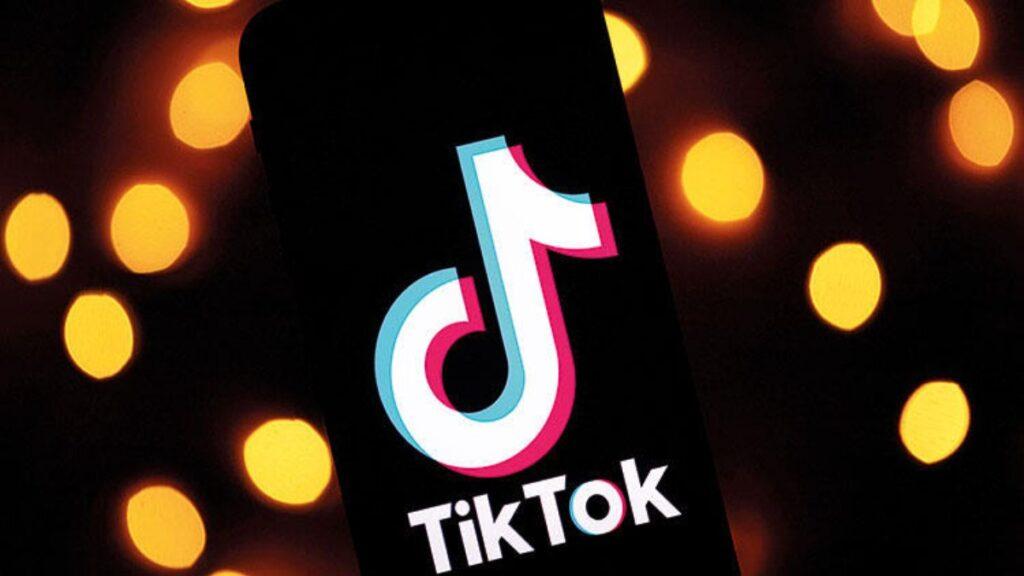 Uzmanlar TikTok konusunda aileleri uyarıyor